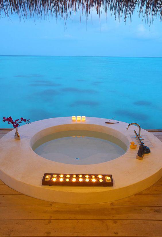 luxury hot tub 7