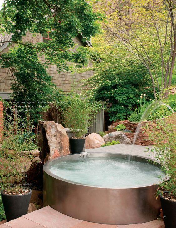 round hot tub 18