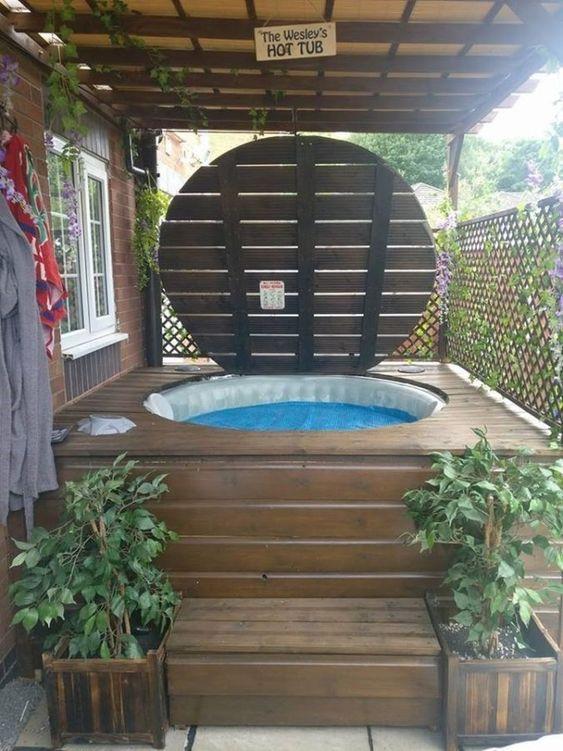 round hot tub 20