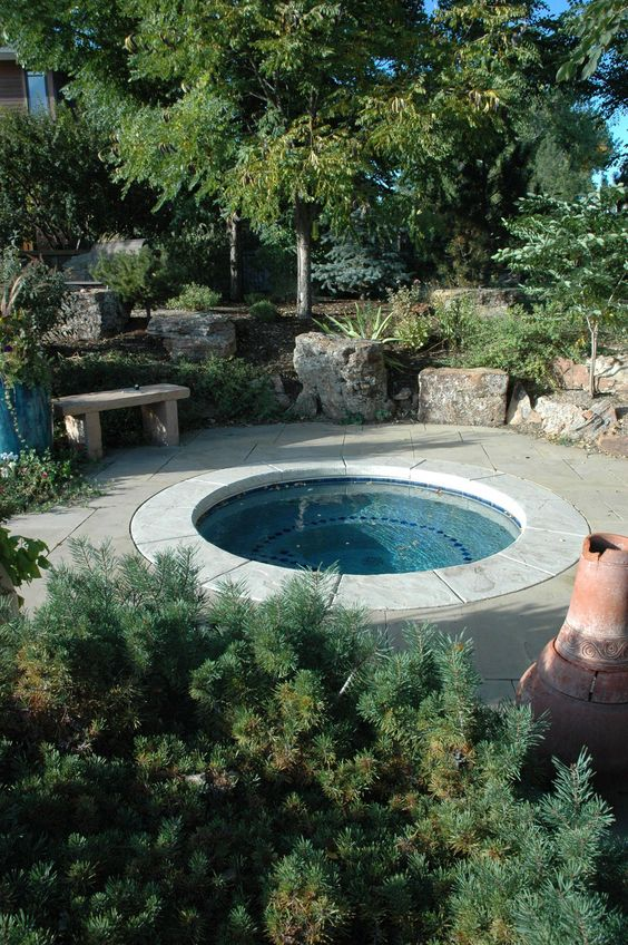 Round Hot Tub: Keep It Simple