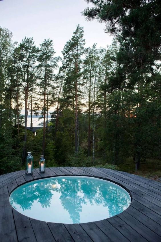 Round Hot Tub: Get Closer with Nature