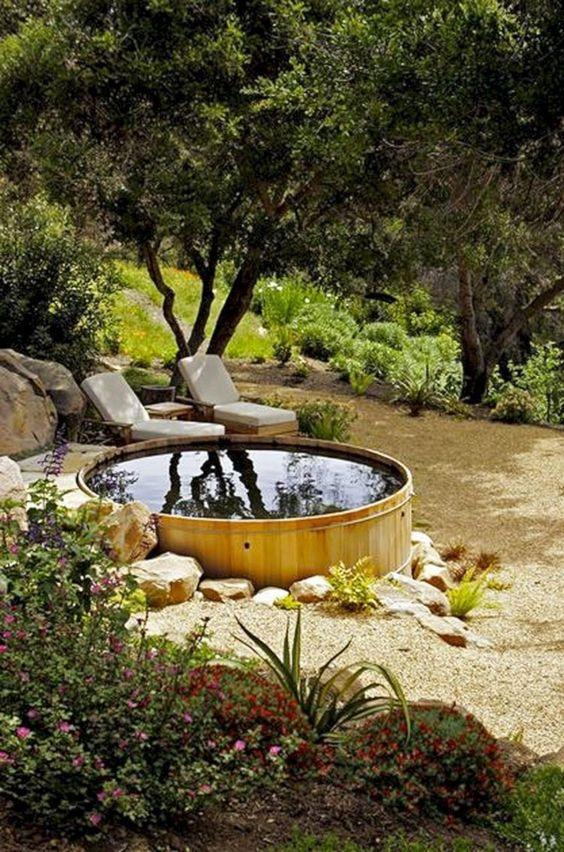 round hot tub 9