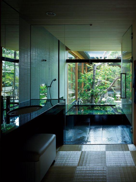 Small Hot Tub: Breathtakingly Elegant