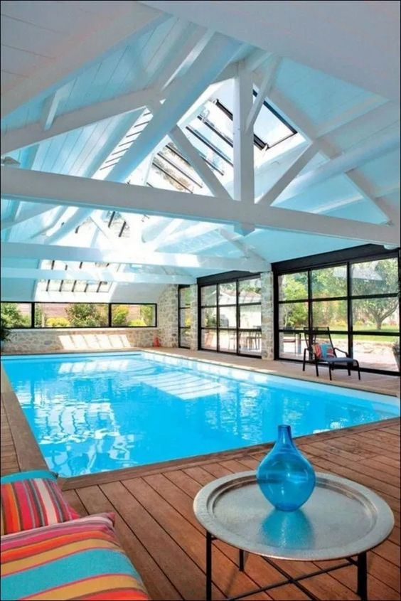 Swimming Pool Ideas: Stunning Indoor Pool