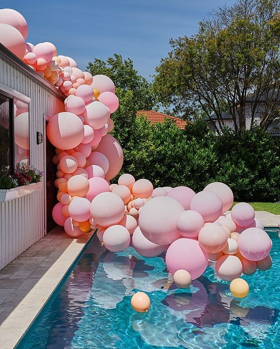 Swimming Pool Party Ideas: Make It Extra