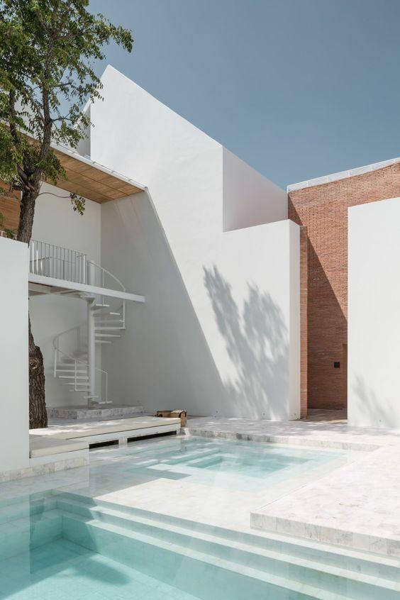 swimming pool tiles ideas 20