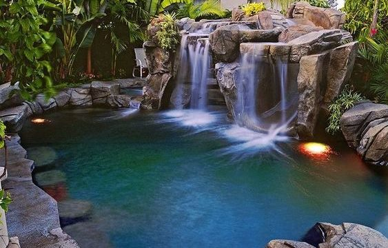 25+ Swimming Pool with Waterfalls Ideas for Outstanding View ...