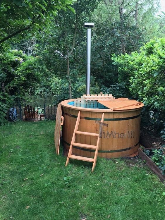 wooden hot tub 14