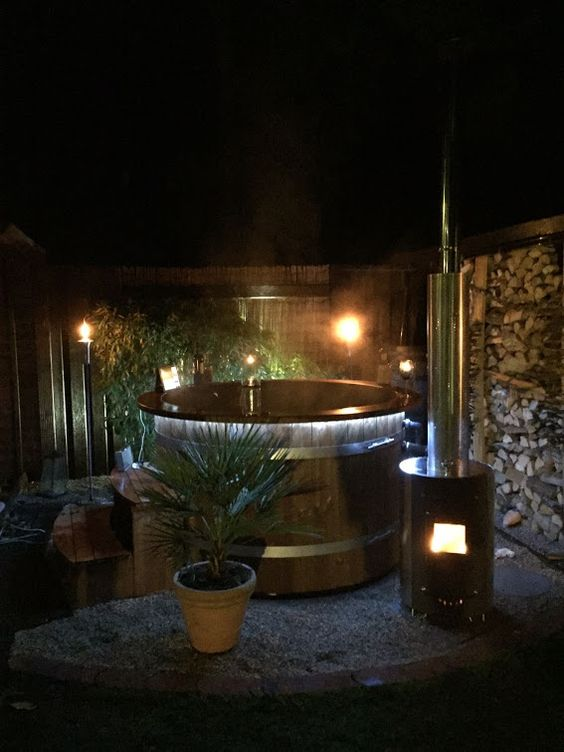 wooden hot tub 16
