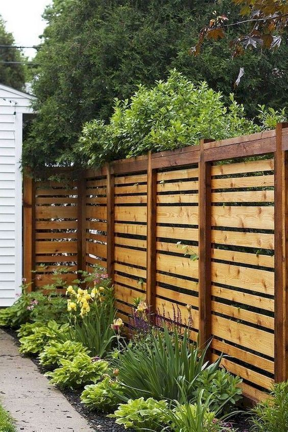 backyard fence ideas 10