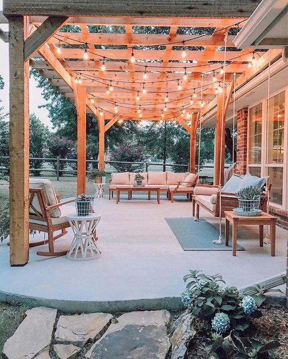 Backyard Patio Ideas: Solid Concrete Patio