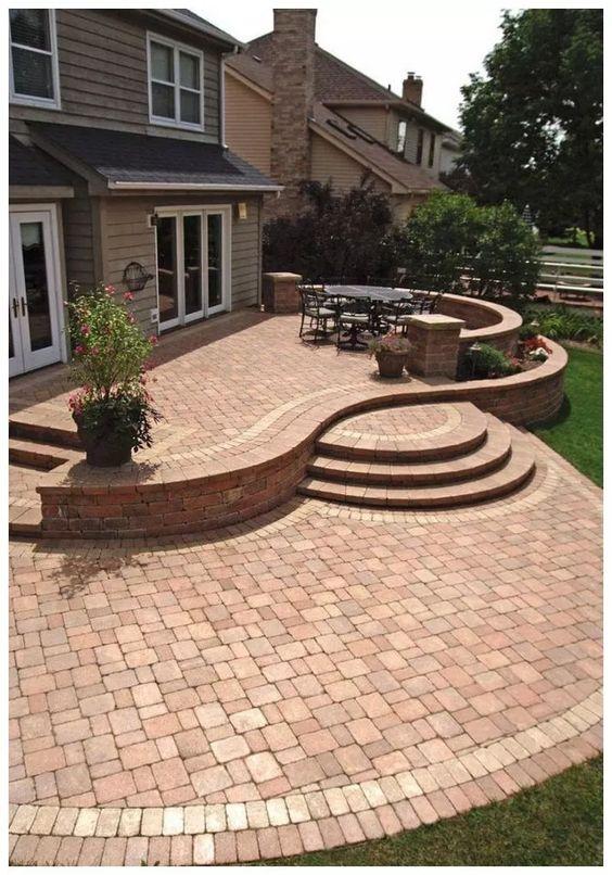 Backyard Patio Ideas: Expose The Bricks
