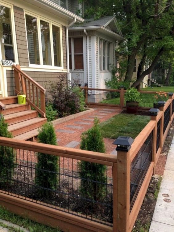 Front Yard Fence: Short Wooden Fence