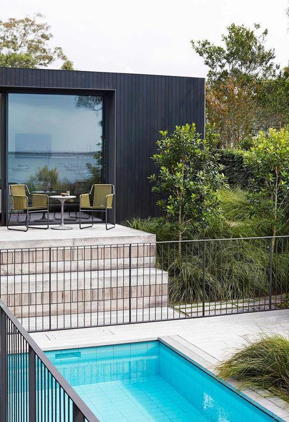 pool fence 14