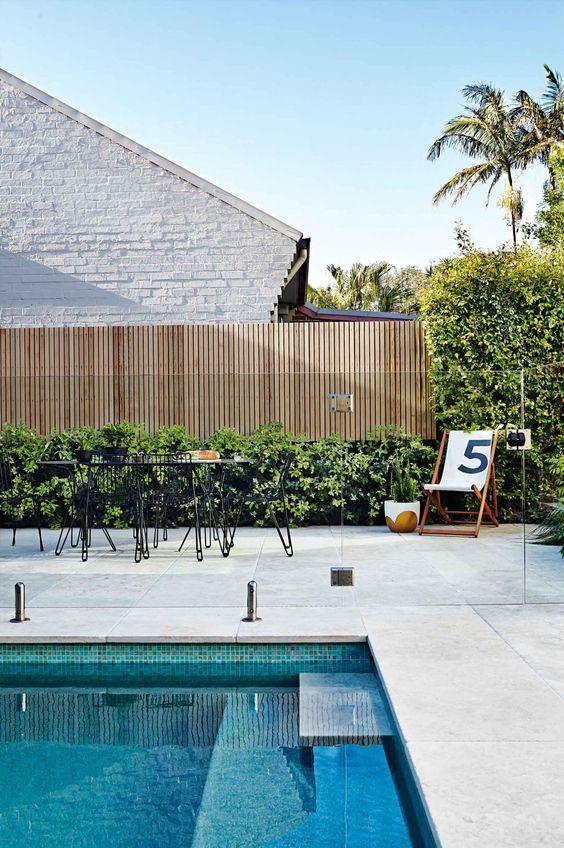 pool fence 20