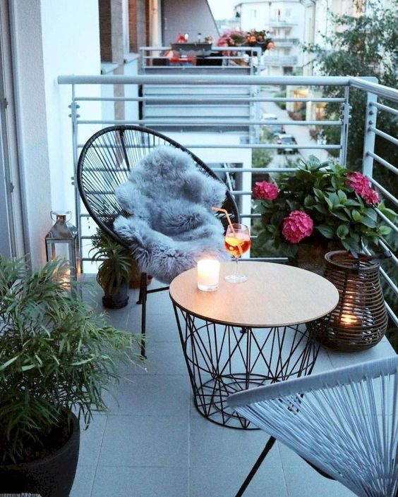Apartment Patio Ideas: Cozy Personal Space