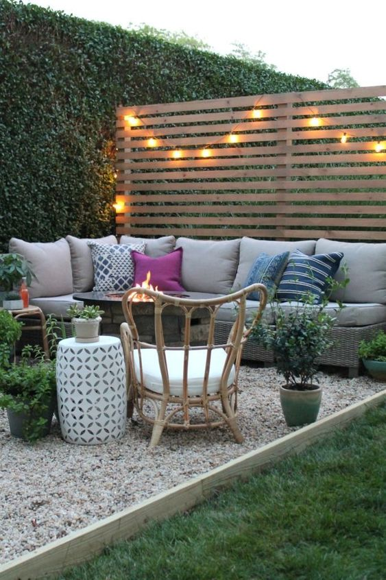 Gravel Patio Ideas: Rustic Gravel Patio