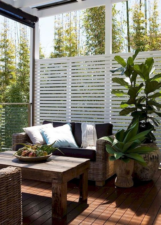 Patio Furniture Ideas: Earthy Back View