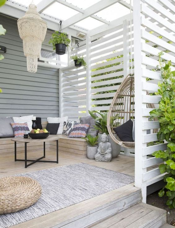 Patio Shade Ideas: Pergola and Screen