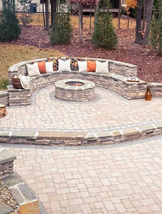 Patio with Fire Pit Ideas: Stunning Stone Area
