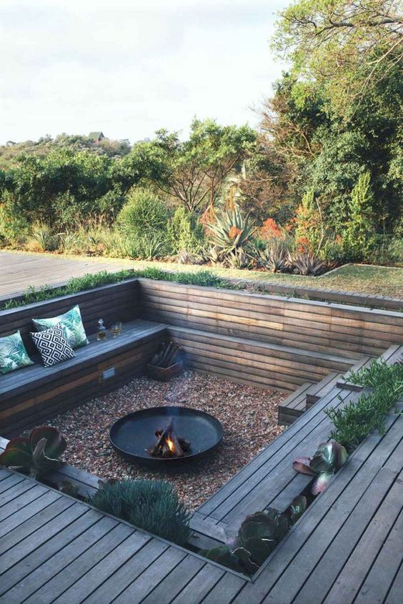 Patio with Fire Pit Ideas: Impressive Sunken Patio