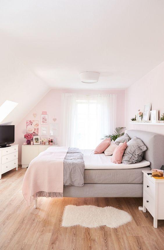Teen Girl Bedroom Ideas: Lovely Attic Bedroom