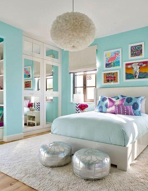 Teen Girl Bedroom Ideas: Airy Light Blue