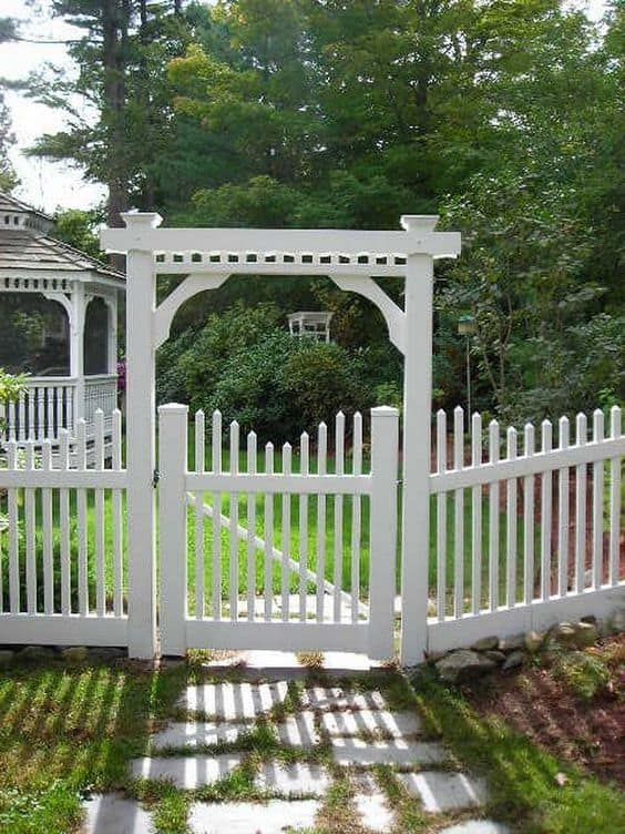 White Fence: White Fence and Gate