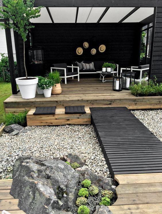 Patio Deck Ideas: Cozy Seating Area