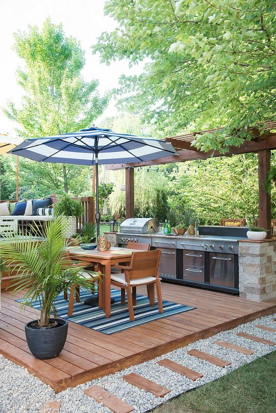 Patio Deck Ideas: Fresh Outdoor Retreat