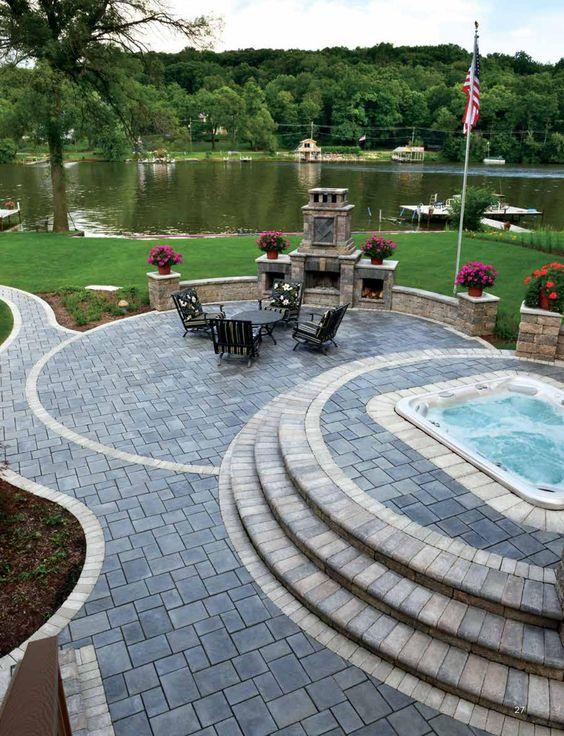 Patio Pavers Ideas: Breathtaking Backyard View