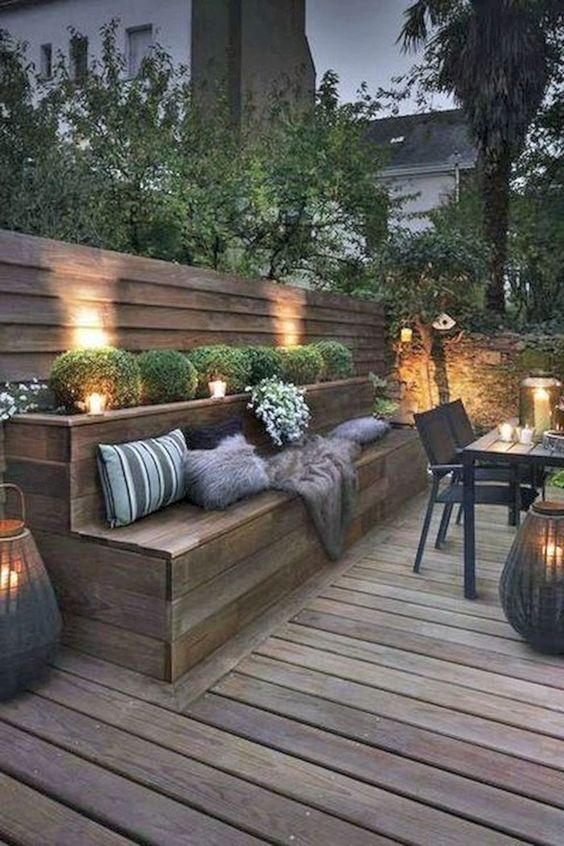Patio Seating Ideas: Rustic Deck Patio