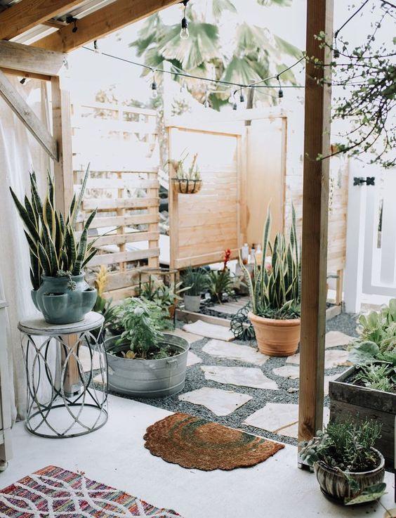 farmhouse backyard ideas 10
