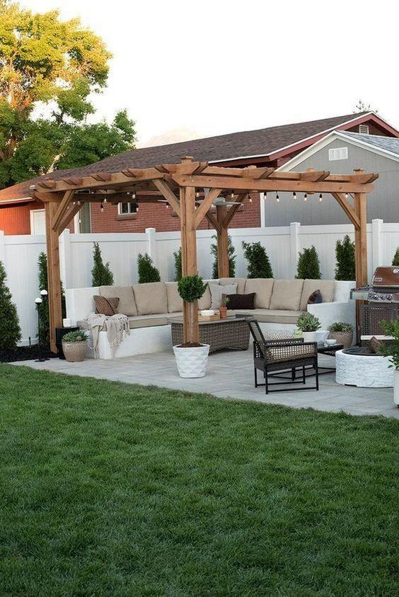 farmhouse backyard ideas 11