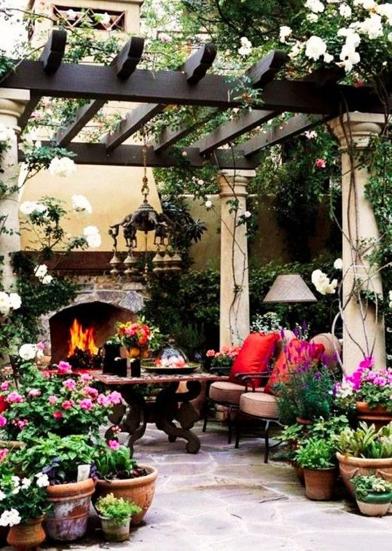 farmhouse backyard ideas 8