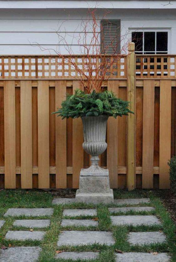 lattice fence 10