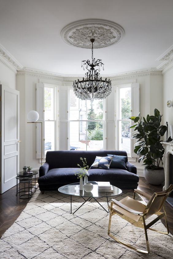 Living Room Lighting Ideas: Classic Crystal Chandelier