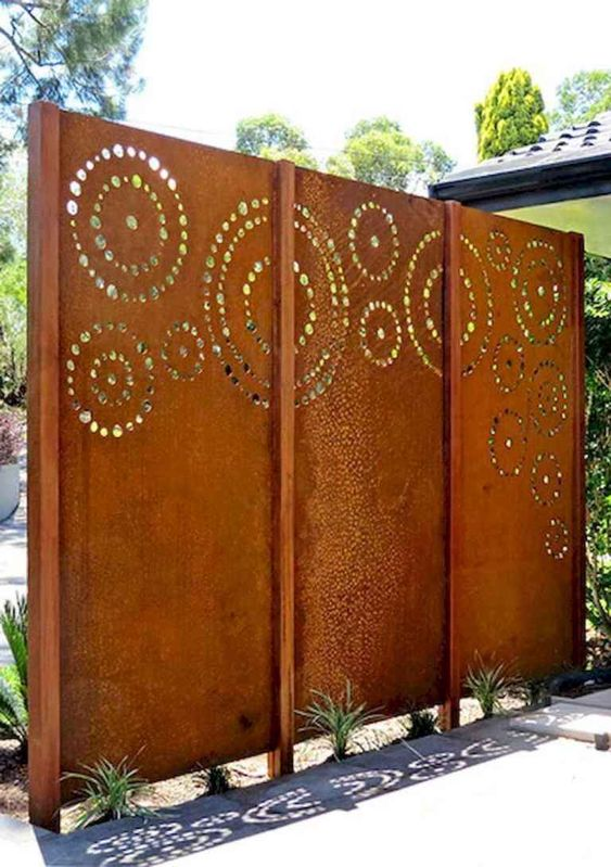 privacy fence 10