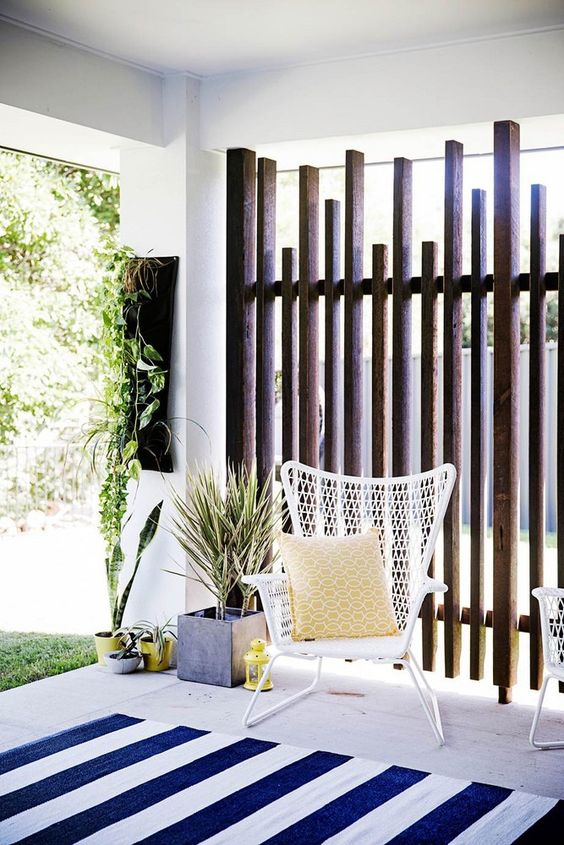 Privacy Fence: Cozy Private Area