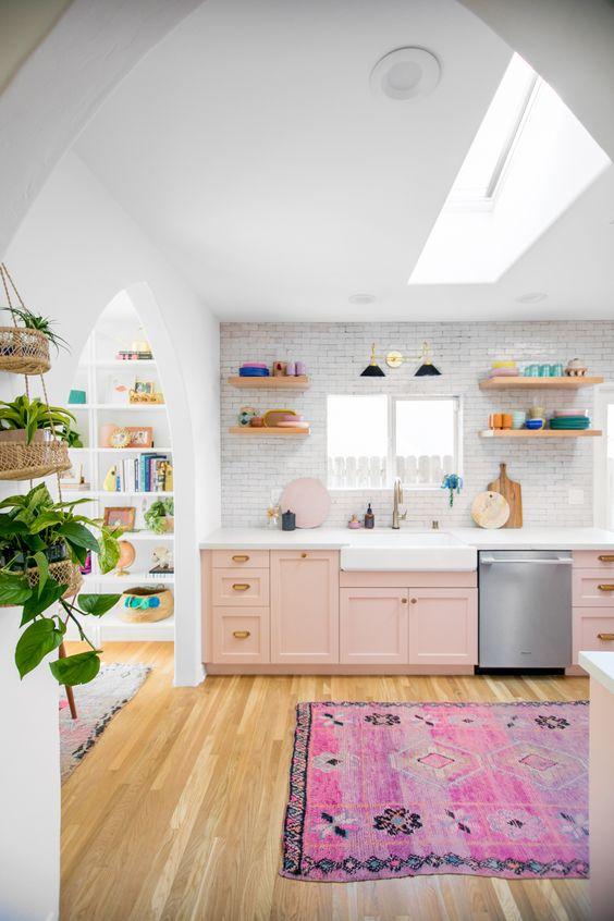 Retro Kitchen Ideas: Pastel and Tiles
