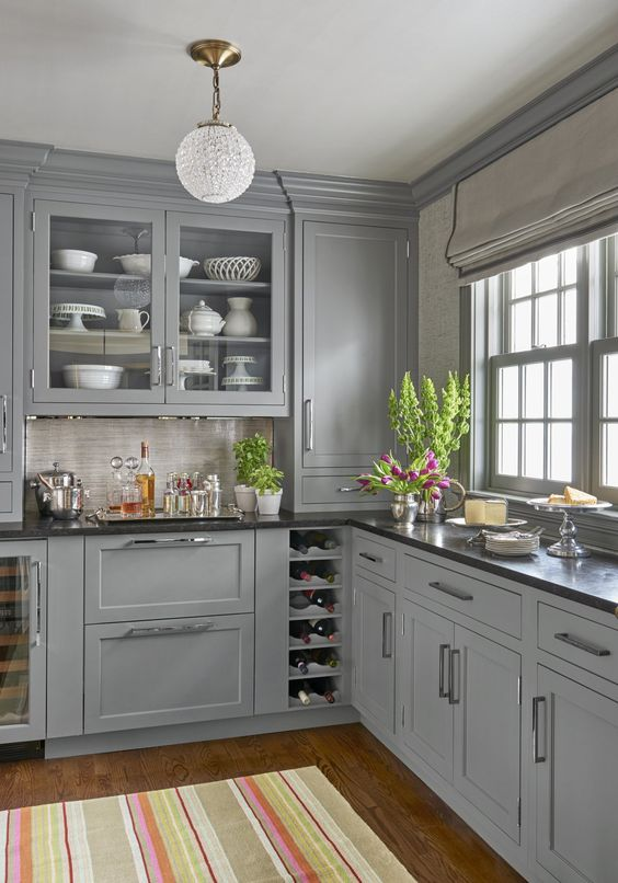 Kitchen Cabinets Ideas: Classic Vintage Cabinets