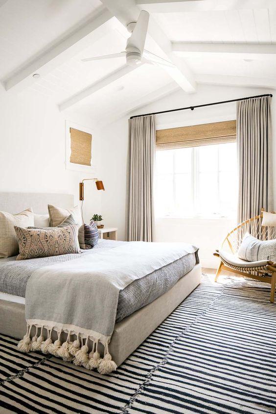 Bedroom Curtains Ideas: Pleat Style Curtain