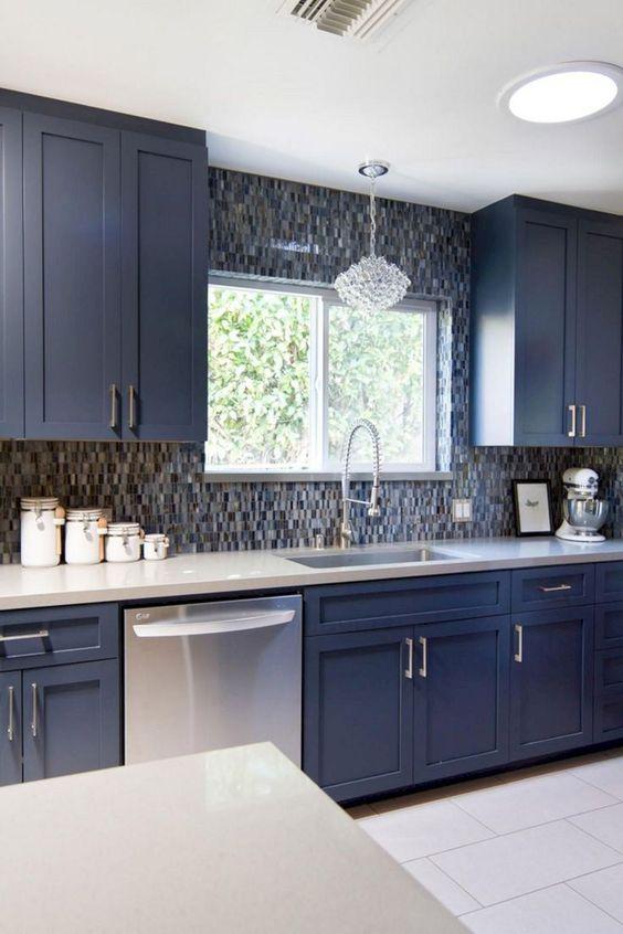Blue Kitchen Ideas: Elegant Blue Kitchen