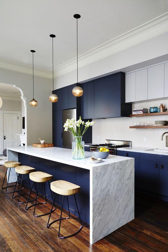 Blue Kitchen Ideas: Captivating Small Kitchen