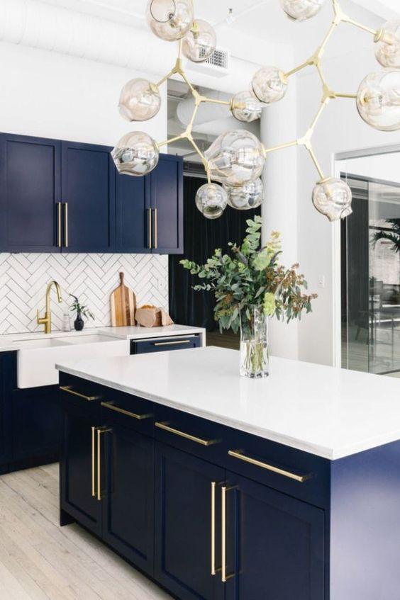 Blue Kitchen Ideas: Classy Modern Kitchen
