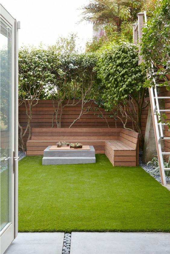 horizontal fence 17