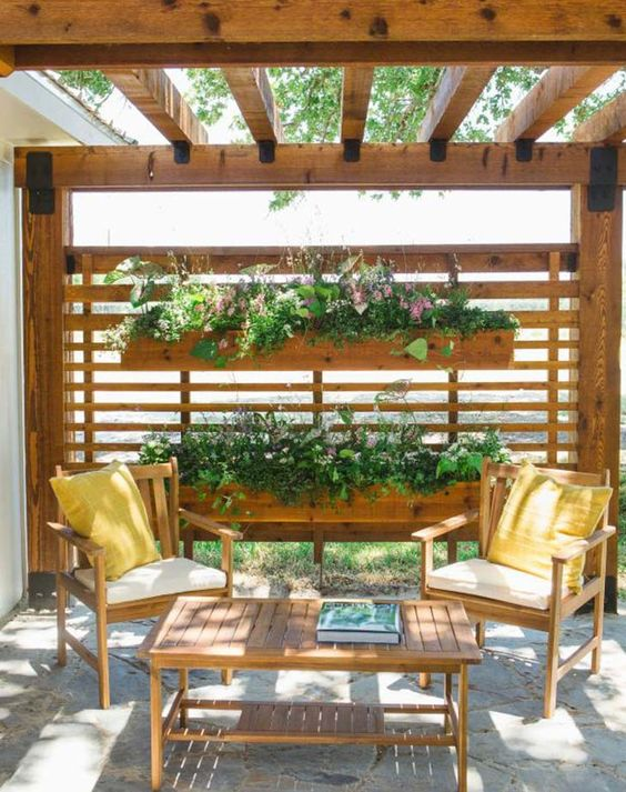 Horizontal Fence: Beautiful Privacy Fence