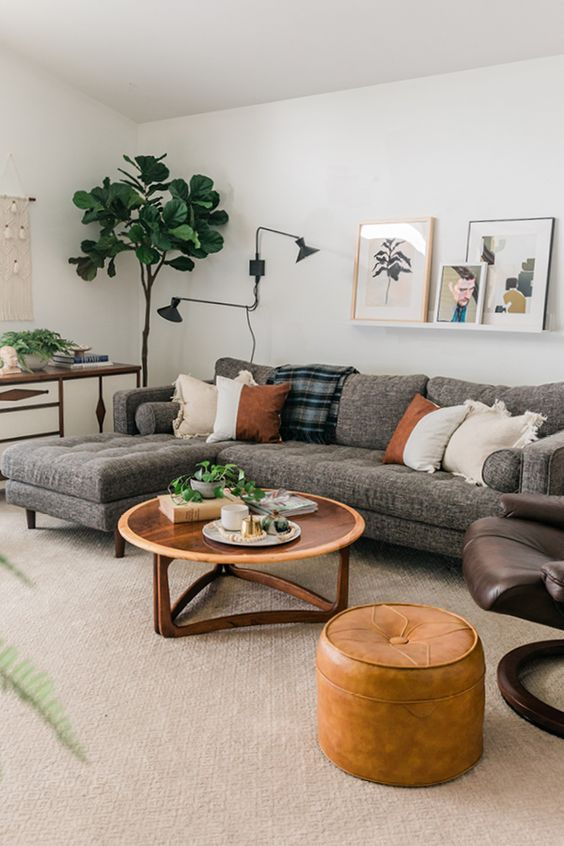 Living Room Apartment Ideas: Simple Sectional Sofa