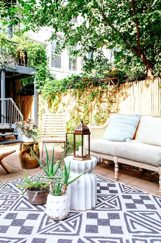 patio rug ideas 16