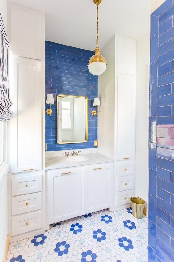 Blue Bathroom Ideas: Pretty Decorative Bathroom